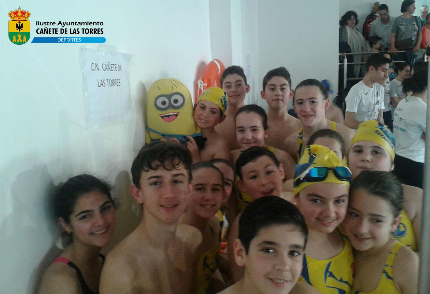 La escuela deportiva municipal de natación participa en el VI Trofeo primavera ciudad de Porcuna 1