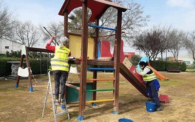 Parques infantiles y zona biosaludable de Cañete de las Torres