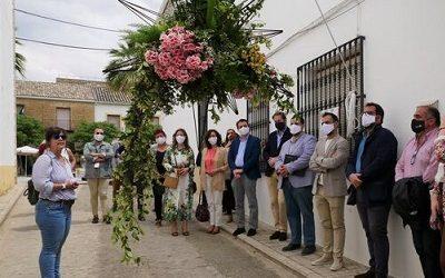 """Más de 20.000 personas visitan el Festival de las Flores """"Calles en Flor"""" de Cañete de las Torres"""